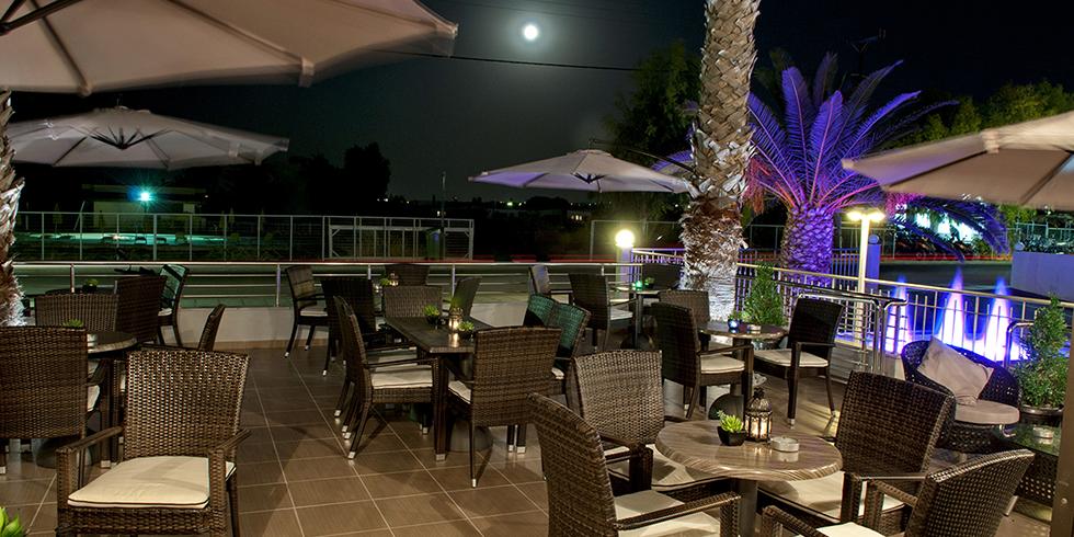 Tirbuson bar Marianna Hotel